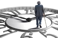 Как вы считаете, накопительную пенсию в России нужно: